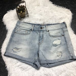 Forever 21 Distressed Jean Shorts Size 28